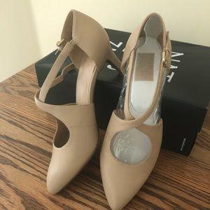 Naturalizer Okira Taupe heels 8 1/2M